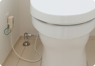 トイレのパイプ(配管)の水漏れ修理